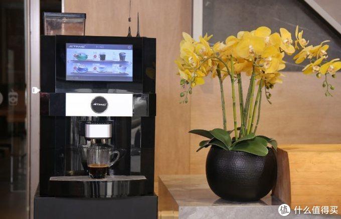 办公室咖啡机-连续出杯