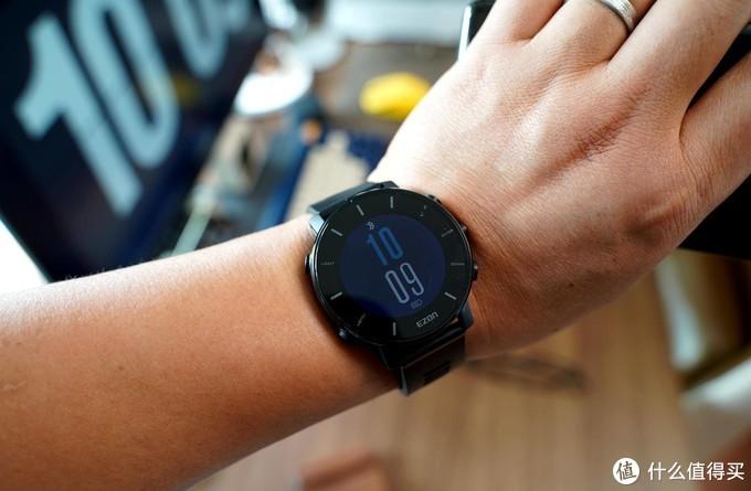 其实我们慢生活也可以用,宜准智能专业跑步手表