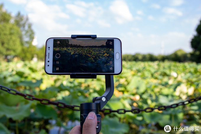 会变身的稳定器——飞宇Vlogpocket2手机云台稳定器轻体验