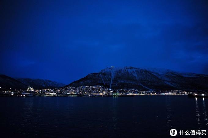 极光爆发的季节到了,又想去拍摄绝美挪威,带徕卡相机去旅行真的很爽