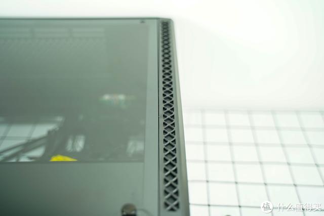 通风好,散热快,而且很好看!九州风神玄冰堡垒套装装机分享