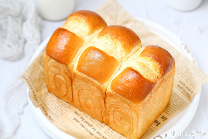 吐司面包的经典做法,无需加蛋组织细腻柔软,奶香浓郁值得等待!