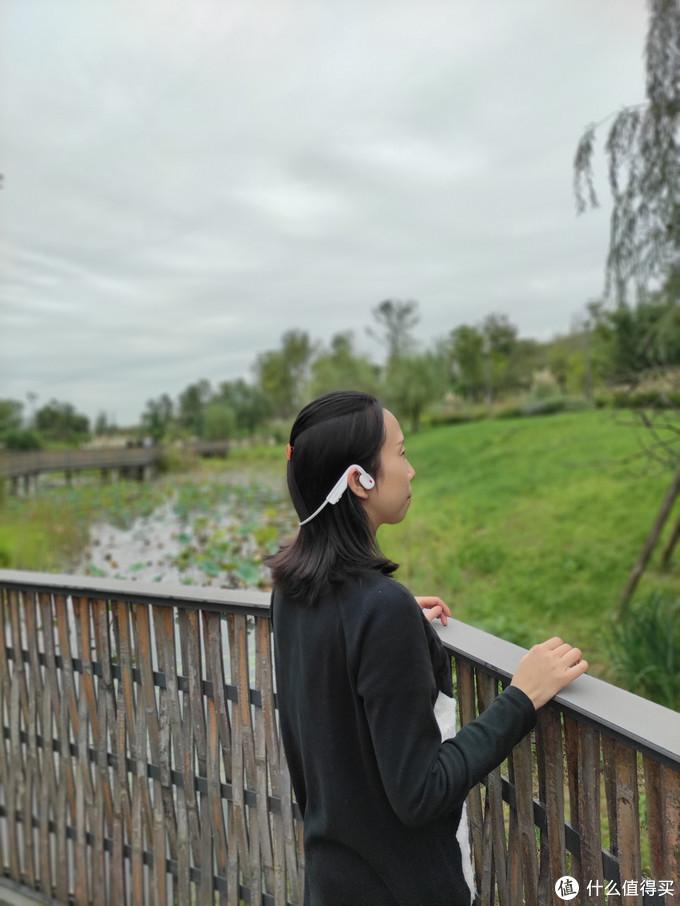 解放双耳,享受自由,戴上韶音OpenMove骨传导耳机给自己放个假