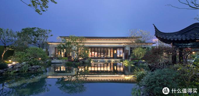 参观了他的家,才知道什么是豪宅,自带苏式庭院园林,处处是诗意