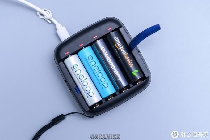 电池该换恒压了:XTAR ET4S充电器 电池套装