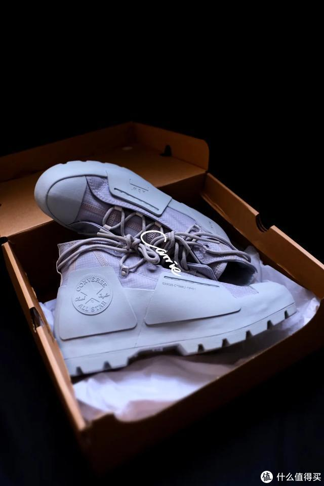 秀鞋丨秀出你出街的鞋款