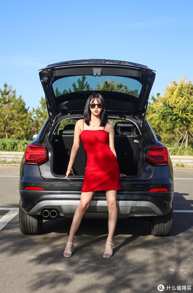 BBA里目前最便宜的SUV-百分之90都是女车主垃圾or真香?十几万的奥迪Q2L值不值