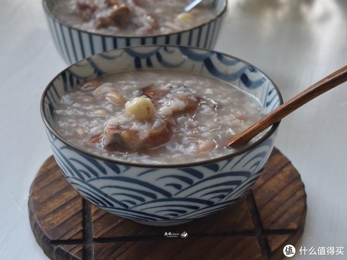 就爱吃这粥,香浓绵软,多加薏米莲子还能去湿健脾