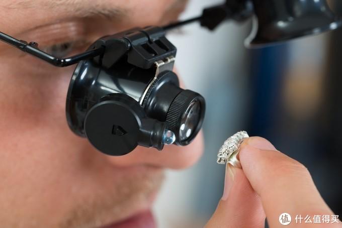 用肉眼怎么区分钻石和莫桑钻?视乎你买到什么莫桑钻
