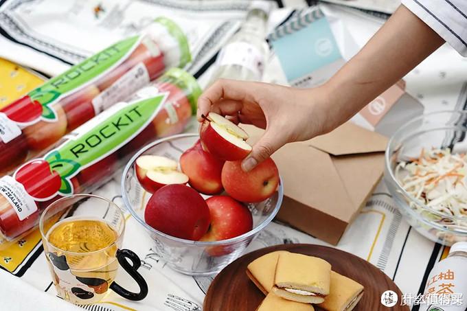 桶装水见过,桶装苹果……艾玛真香!