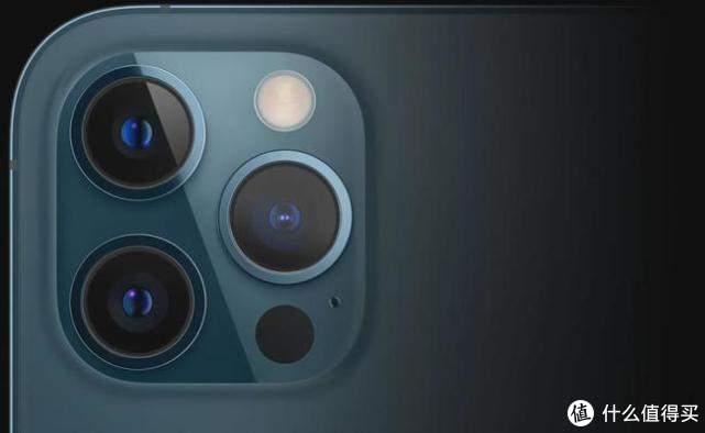 iPhone 12 Pro 超大底摄像头