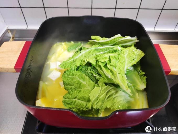 百菜不如它,天气凉煲汤喝,清淡美味营养高,一碗下肚,全身暖和
