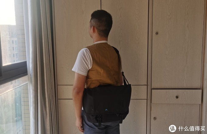 BAGSMART情侣款斜挎单肩包上手体验试用报告