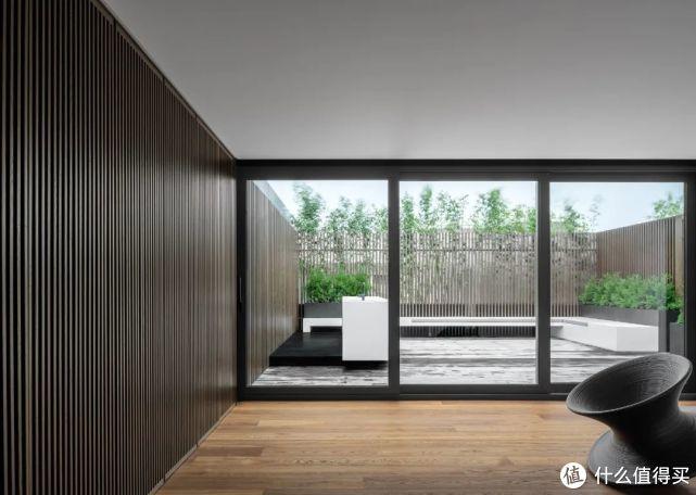 555㎡上海外滩顶层复式豪宅,这对80后夫妻的家,让我羡慕!