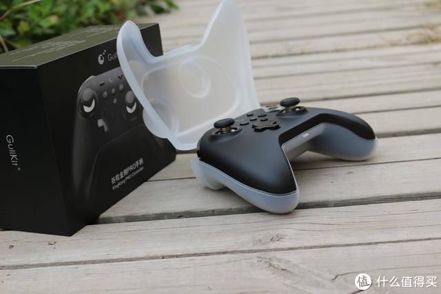 比肩XBOX 360,价格却不到它的四分之一,这款游戏手柄我爱了