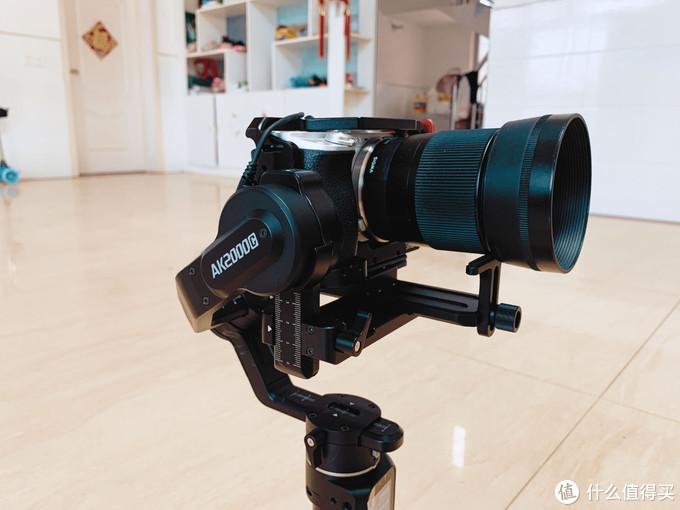 千元内能买到的唯一一款相机稳定器飞宇AK2000C究竟如何?