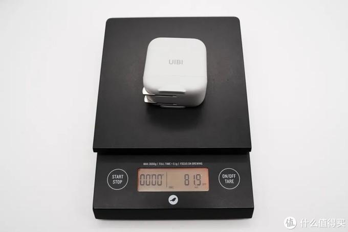 拆解报告:UIBI柚比30W 1A1C氮化镓快充充电器