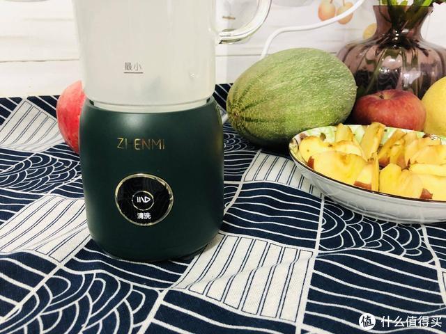 臻米p2迷你破壁机一机多用,豆浆打磨口感细腻,早餐营养又美味