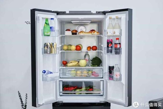 美的322升冰箱评测:用西蓝花与饮料实测保鲜锁水,结果惊人!
