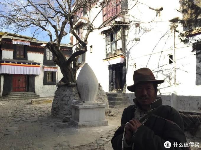 扎什伦布寺的藏人