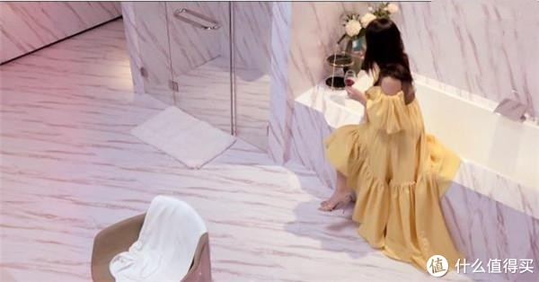 张雨绮的浴室堪比五星级酒店,4个细节凸显奢华,但却有一处败笔