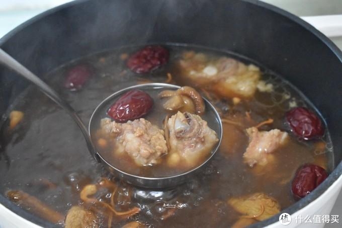 这汤鲜香滋补适合秋天喝,健脾胃去秋燥