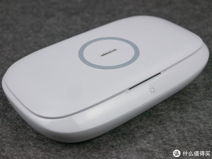 随身小物的消杀利器——耐尔金闪净Pro 无线充电杀菌盒