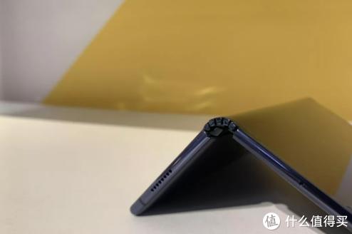 华为折叠屏手机Mate X,值得入手吗?