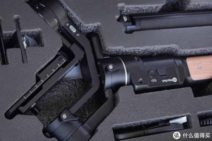 让摄影小白迈出第一步,飞宇AK2000C三轴稳定器上手体验