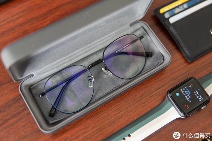 超高颜值,佩戴舒适,小米有品推出米家防蓝光眼镜,看看帅吗