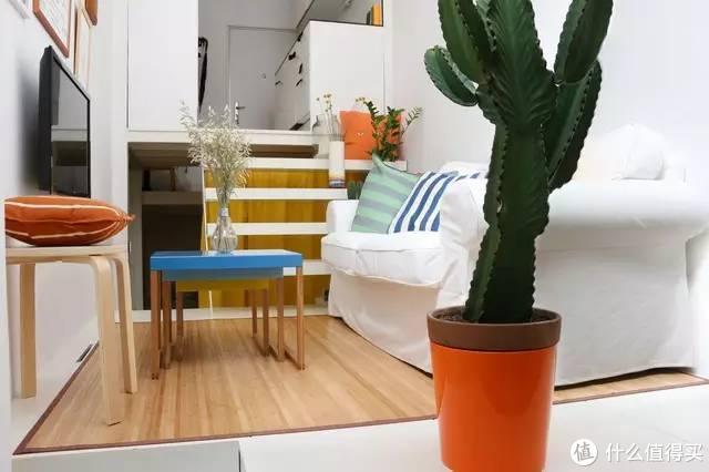 他将21㎡的超小公寓,搞出了5个房间,入户第一刻,像进了迷宫一样