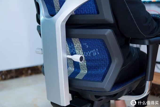 新品尝鲜,清爽办公游戏,享耀家X5电竞人体工学椅入座体验