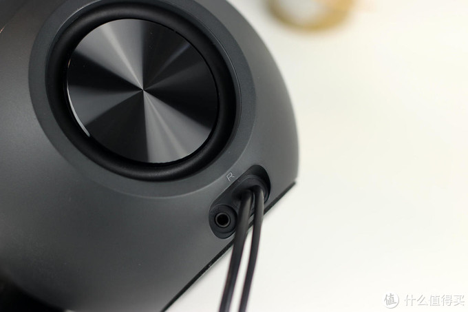 创新PEBBLE V3桌面音箱上手体验:音质超预期,性价比优秀