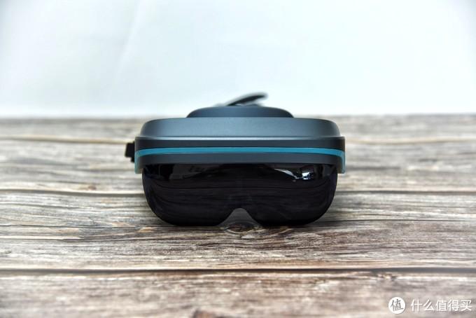 可随身携带的两百寸巨幕——Dream Glass 4K AR智能眼镜使用体验