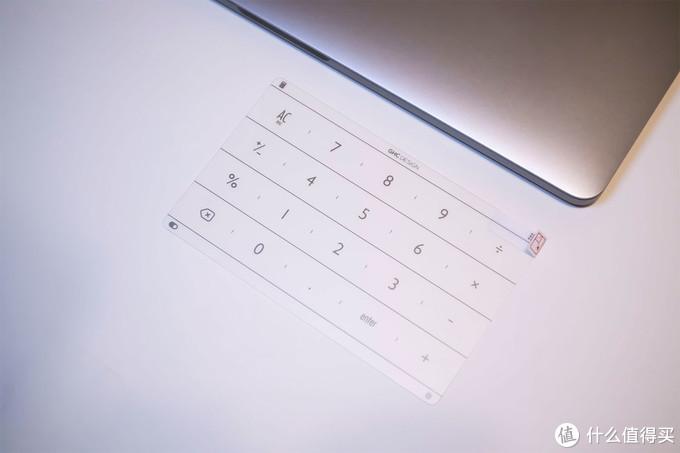 MacBook加个数字小键盘是什么体验?拉酷 Nums智能键盘测评