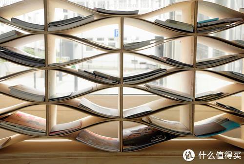 无论书房大小,建议提前准备这5种收纳好物,拯救你的杂乱书桌