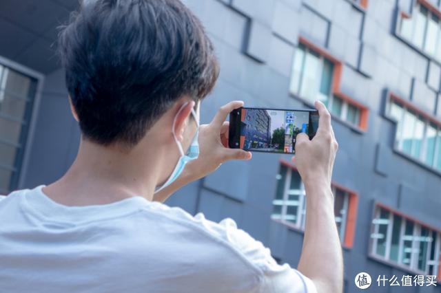 半分钟上手Vlog创作,中兴Axon 20就是你的视频机