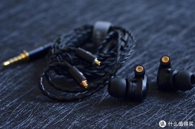 以堆料出名的音频厂商,BGVP DN2入门塞圈铁用上了万元级耳机用的材料铍合金振膜