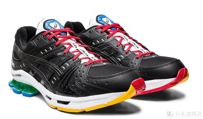 GEL-Kinsei OG,鞋身整体以黑色为主,搭配红色、黄色、蓝色和绿色相点缀,颇具奥运会色彩。
