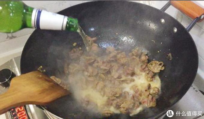 做鸡胗不要直接焯水了,多加这1步,又脆又嫩又好吃