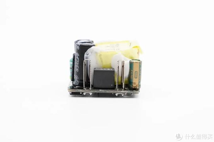 专为iPhone12设计,首款20W超级硅迷你PD快充拆解
