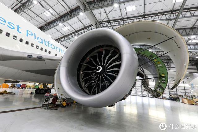 世界上最大的喷气发动机 内部温度与熔岩差不多