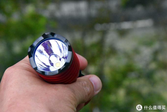 有一款产品叫傲雷武士,有一种颜色叫中国红。