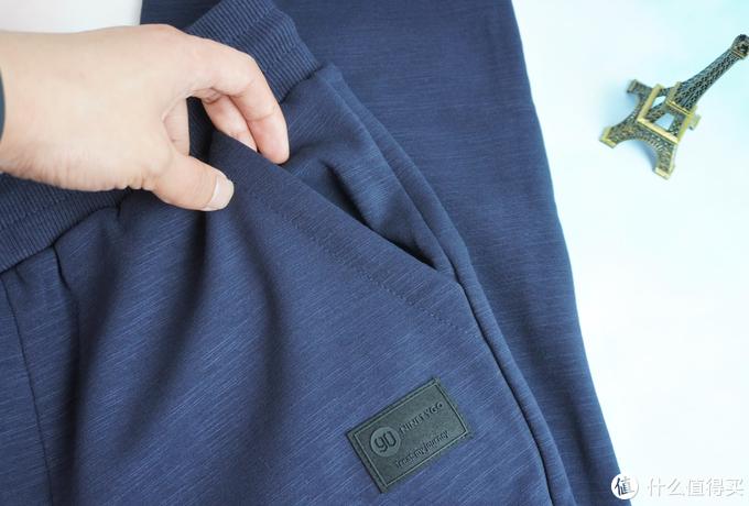深秋跑步穿着加绒保暖卫裤是种什么体验?上手90分新品给你答案