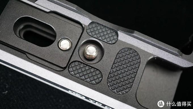 给我的索尼A6400换上洋葱工厂荔枝L板