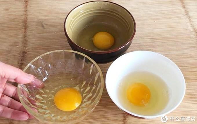 学会这个小技巧做荷包蛋,鸡蛋圆嫩不散花