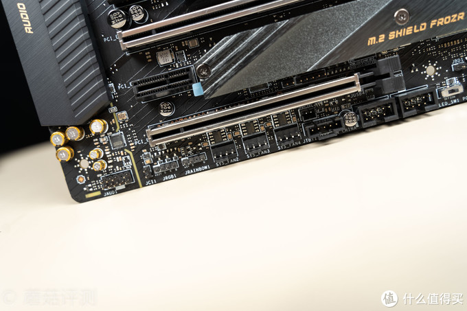 或是中高端最值得购买的一块Z490主板、微星MSI MEG Z490 ACE 战神板 深入评测