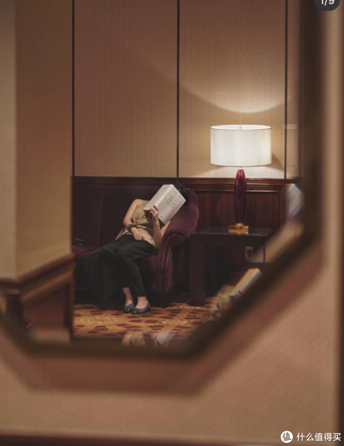 那些拼多多名媛们,在酒店拍照到底有多努力?