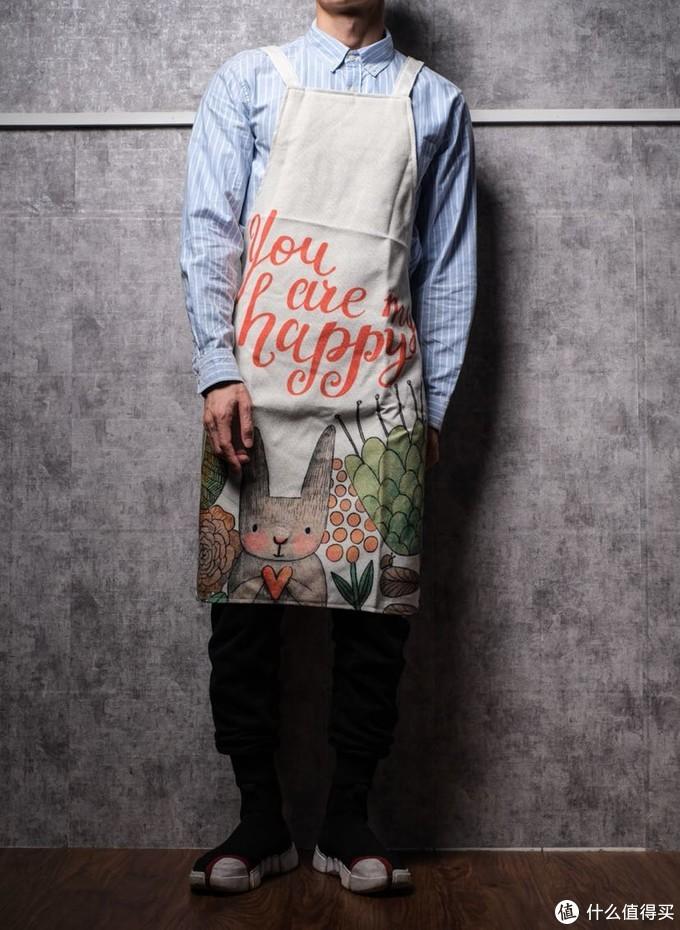 男生怎样居家穿搭最'帅'?一件围裙就搞定!10款增加幸福感的围裙评测