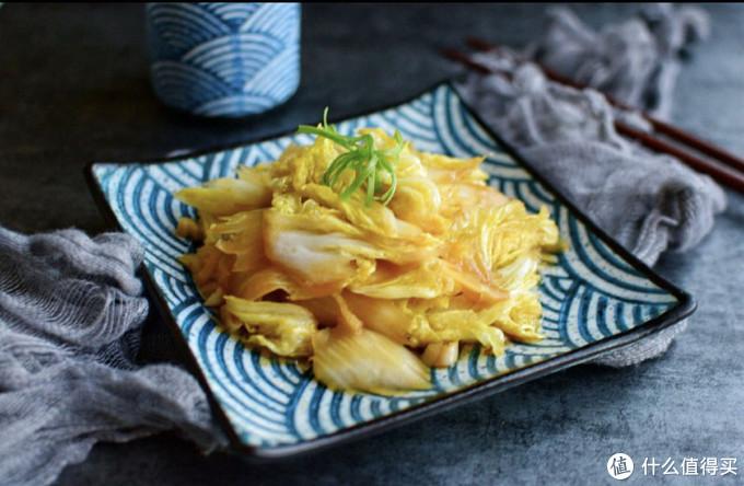 每个冬天都必不可少的一种菜,看似简单的它陪伴了我们中国人这么多年